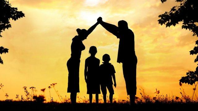 familia-algo-que-nao-vem-do-homem.html